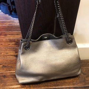 Gucci Bags - GUCCI Metallic Pebbled Calfskin Medium Soho Chain